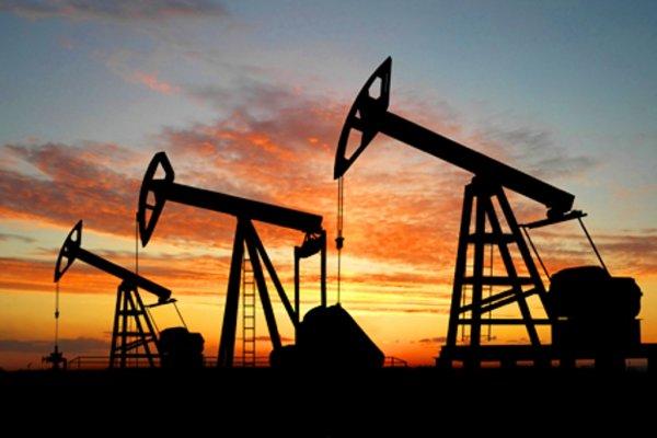 Котировки нефти корректируются после недавнего обвала