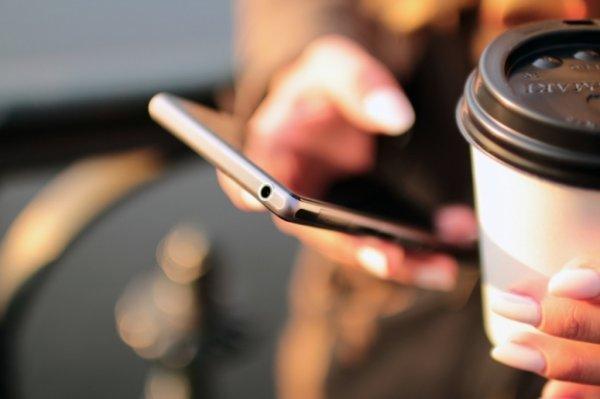 Каждый день к мобильному интернету подключается порядка миллиона человек
