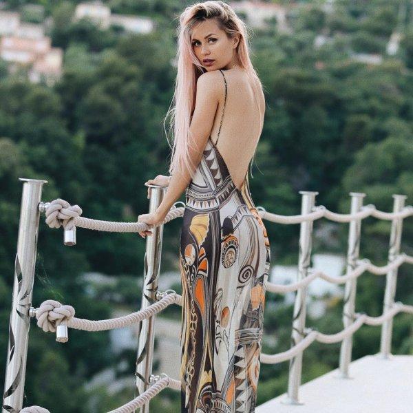 Виктория Боня слетала на день в Милан на шоппинг