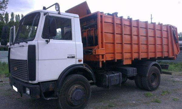 В Ставрополье мусоровоз задавил 8-летнего мальчика