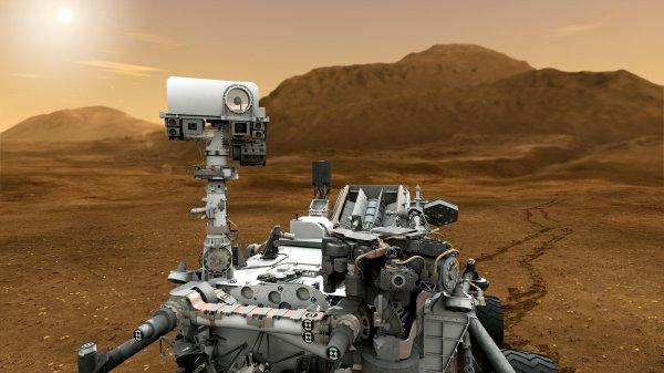 Марсоход Curiosity нашли в «живых» дюнах