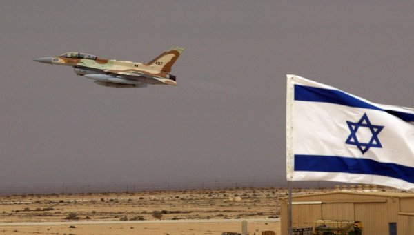Израиль нанес ответный авиаудар по позициям войск Сирии
