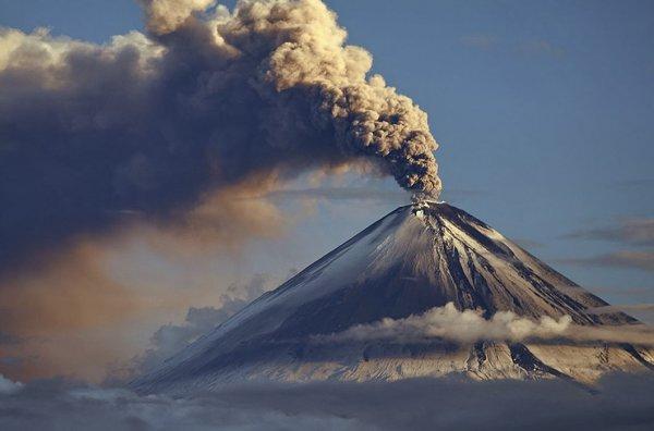 """Ученые будут предсказывать извержение вулкана по его """"вздутию"""""""