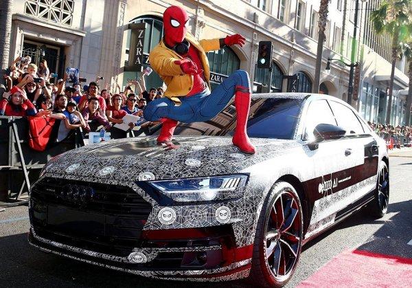"""Audi A8 представили на премьере фильма """"Человек-паук: Возвращение домой"""""""