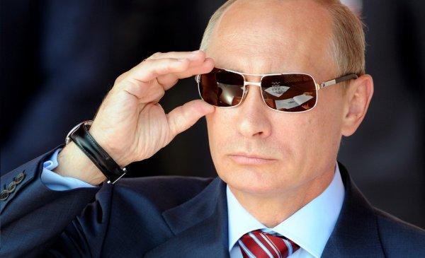 Путин продлил ограничительные меры против стран Запада