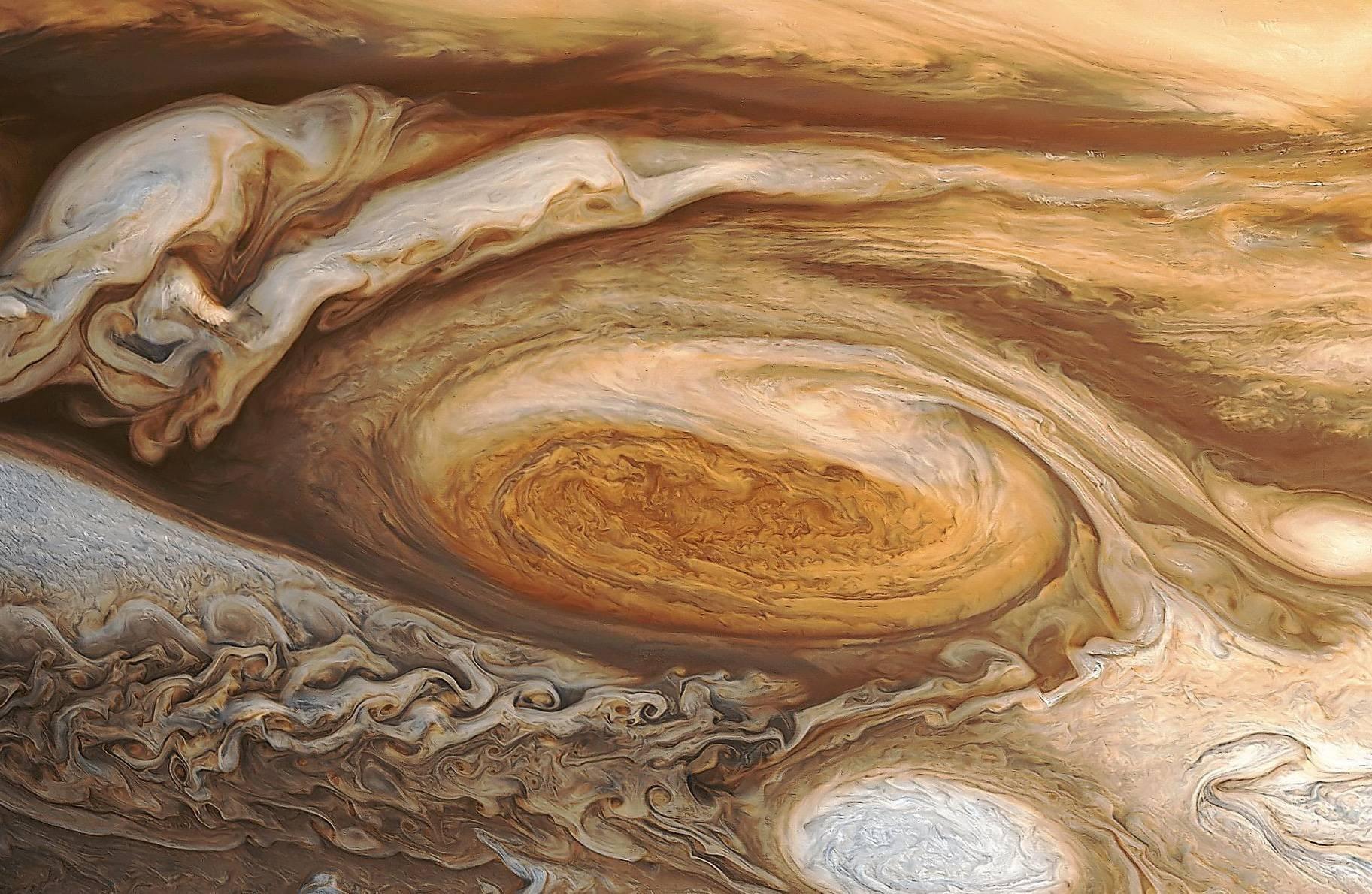 Аппарат Juno покажет наЮпитере структуру самого огромного  вмире шторма— Ученые