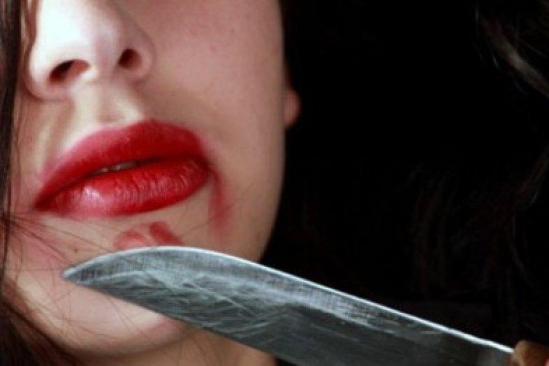 ВВыборге отудара ножа нетрезвой женщины скончался ее супруг
