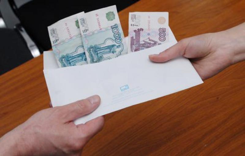 Около 200 компаний Ставрополя недоплачивают своим работникам