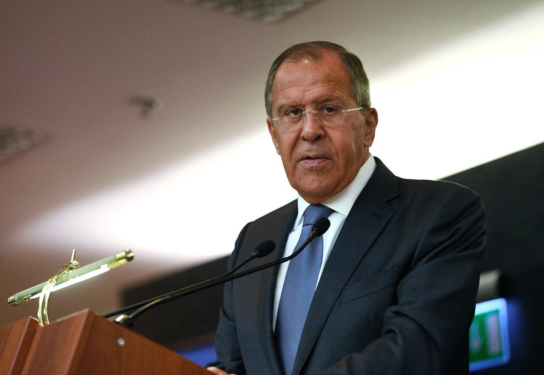 Об результатах  встречи лидеров РФ  иСША сказал  репортерам  Серей Лавров
