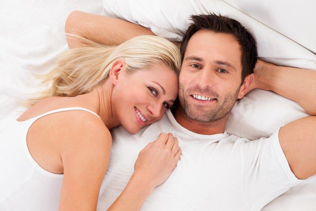 Ученые поведали, почему мужчин после секса клонит насон