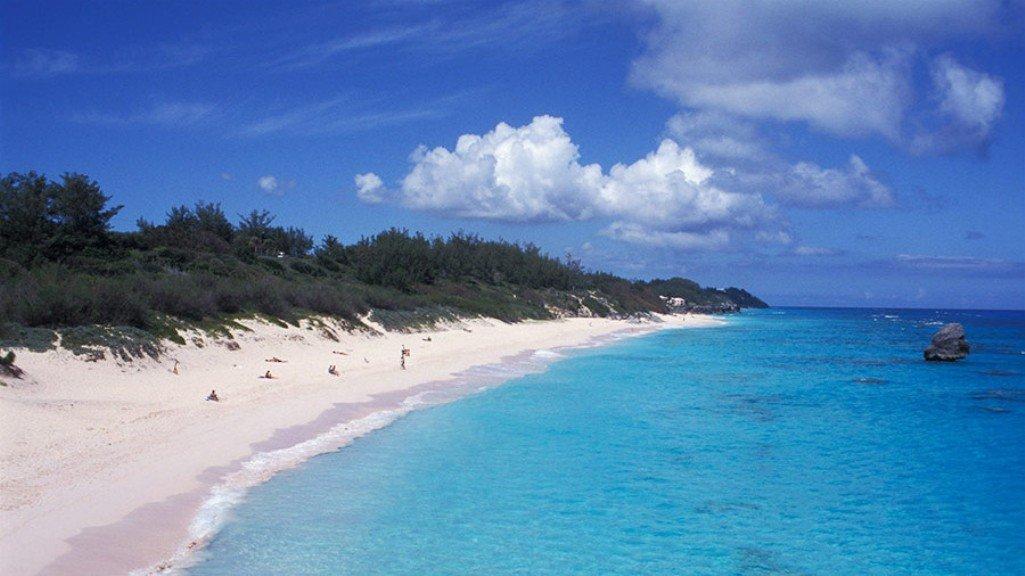 Багамы иБермуды обеспечили четверть прямых вложений денег вроссийскую экономику