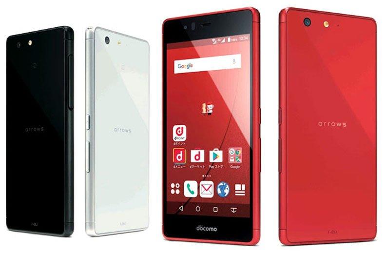 Fujitsu выпустила «небоящийся мыльной воды» смартфон Arrows M04