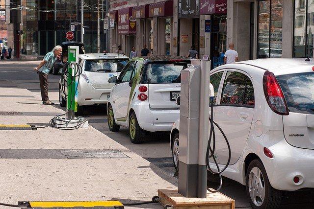 В 2035-ом году рынок автомобилей Европы могут на100% захватить электромобили
