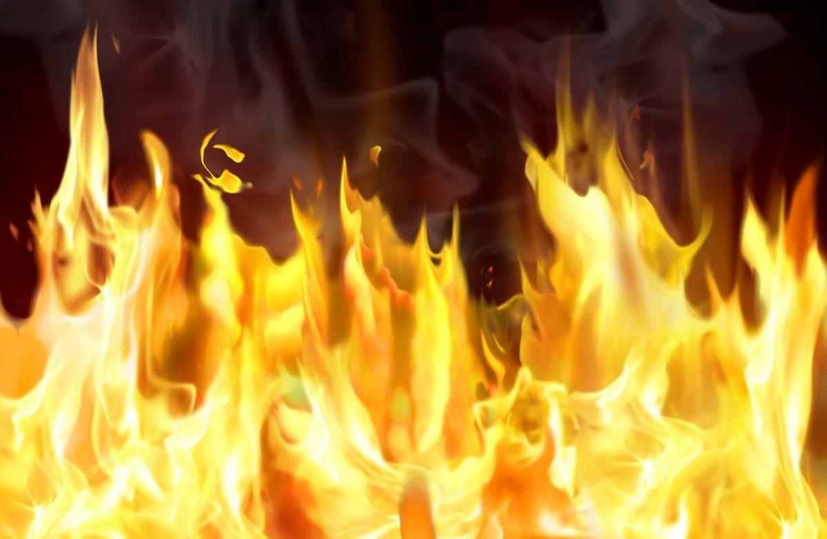 Вмногоэтажном здании Института физхимии в столице произошел пожар