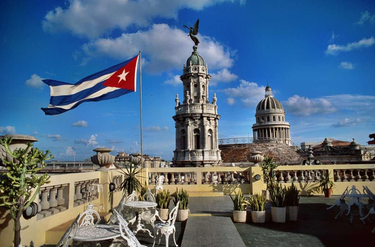 Рауль Кастро упрекнул США ввозврате криторике холодной войны