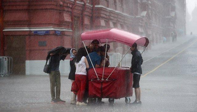 Синоптики обещают сегодня в столице России потепление до27 градусов сгрозой