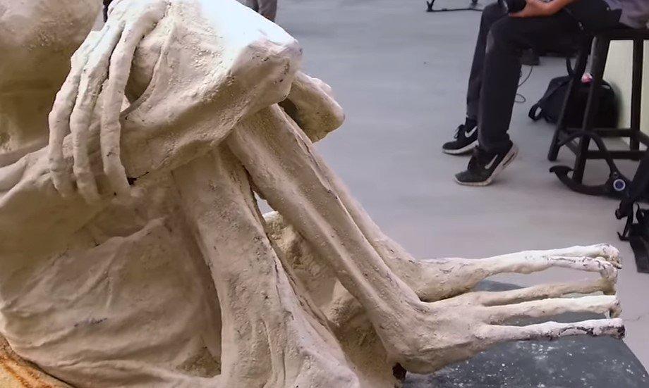 Ученые отыскали впустыне Наска 5 мумий пришельцев