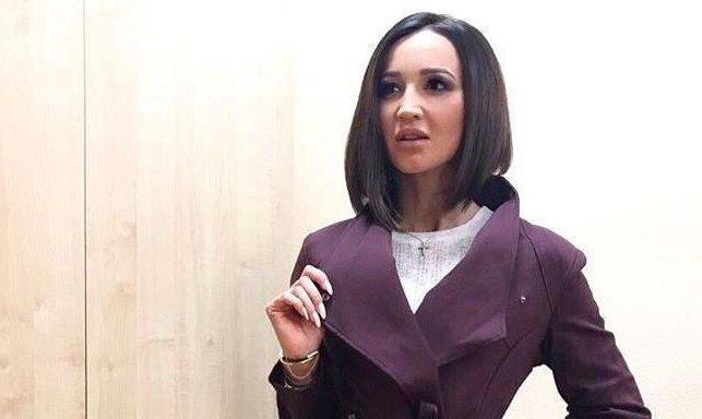 Instagram Бузовой собрал неменее 10 млн. фолловеров