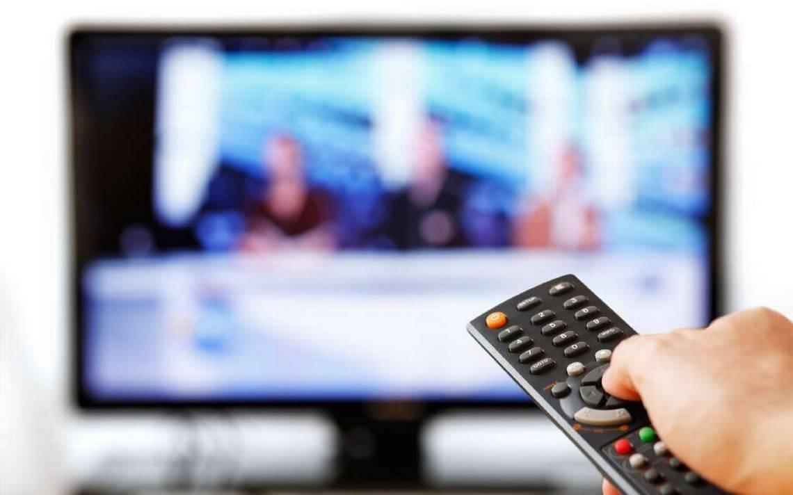 Народные избранники ЛДПР посоветовали запретить показ рекламы потелевидению ввоскресенье
