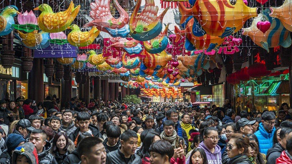 В Шанхае злоумышленники обманули 800 коллекционеров почти на два миллиона долларов