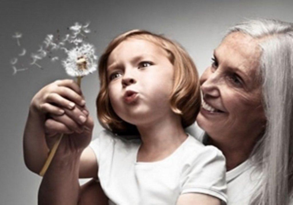 ВУльяновске 3-летняя девочка некоторое количество дней просидела стелом родной бабушки