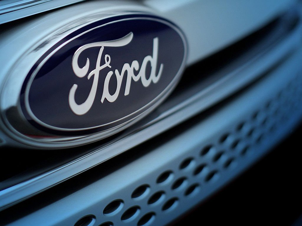 Исследование Форд показало, что каждый третий шофёр в РФ засыпал зарулём