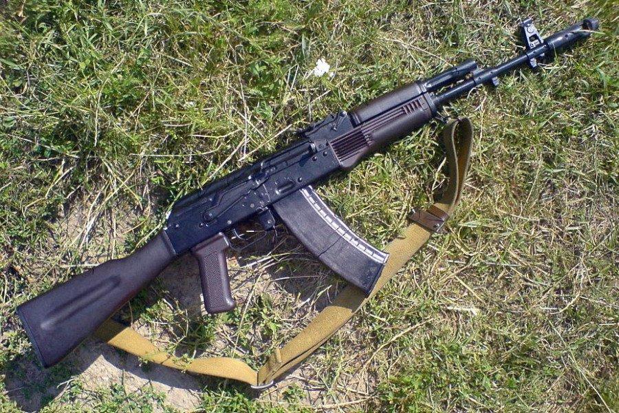 ВНарзани неизвестный расстрелял мужчину изавтомата прямо нарынке