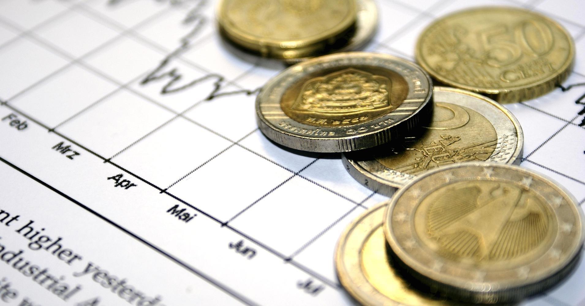 Руб. снизился кдоллару иевро нафоне размеренной нефти