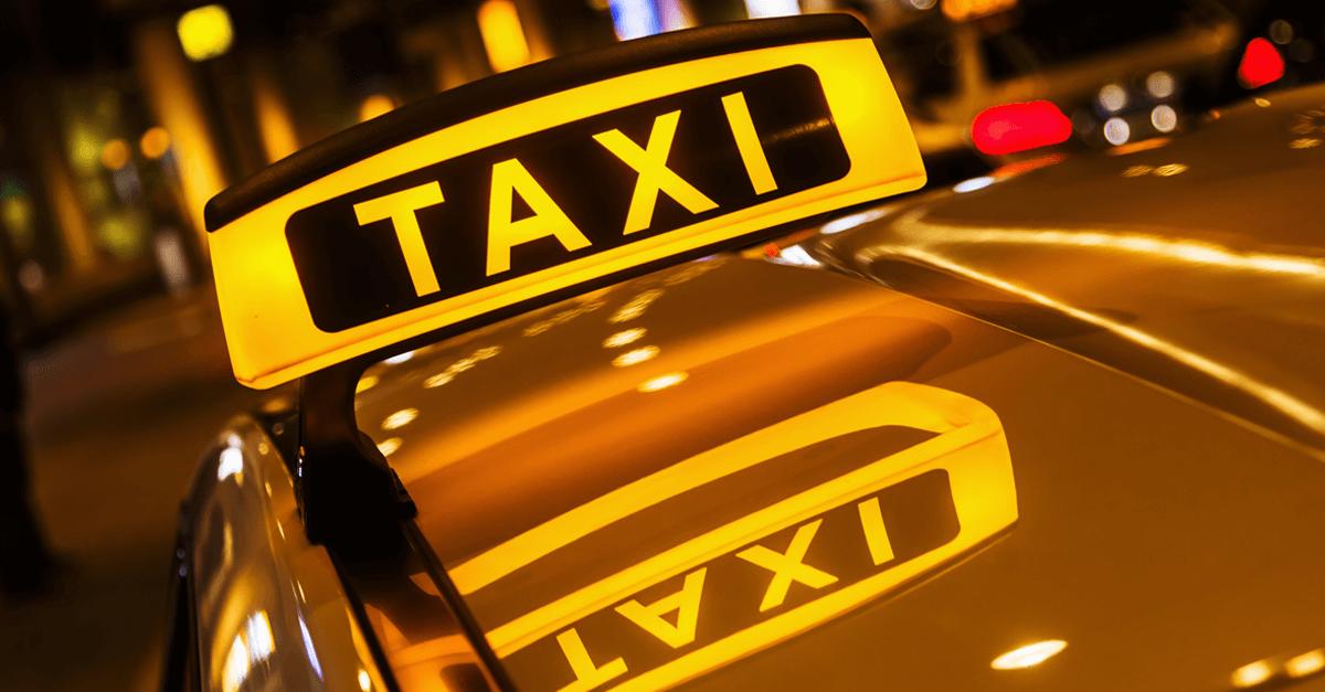 Бесплатные парковки для такси открыли вцентральной части Москвы