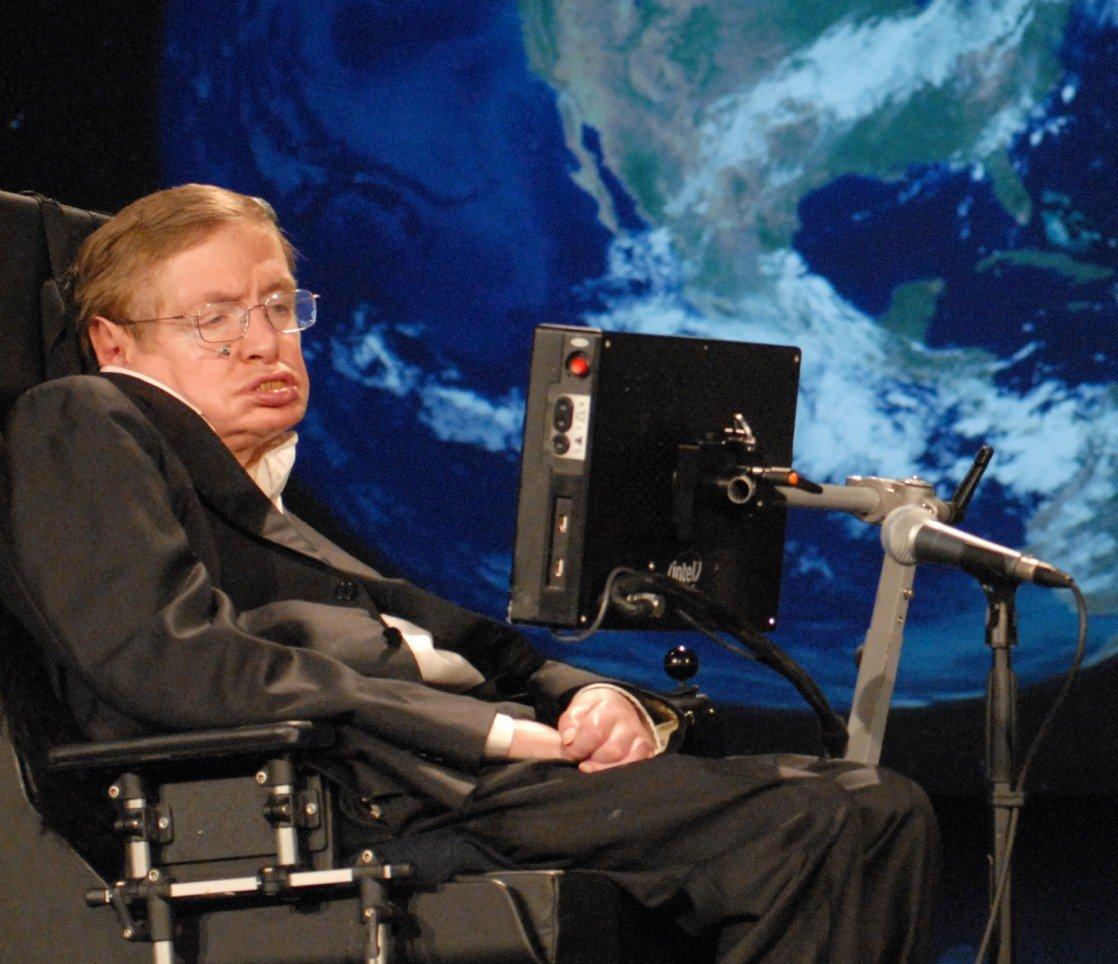 Поиск инопланетян небезопасен для человечества— Стивен Хокинг