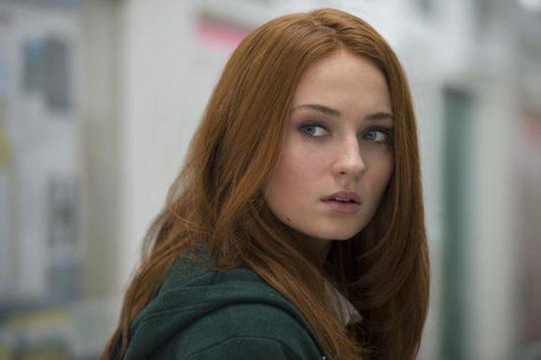 Исполнительница роли Сансы Старк желает , чтобы в«Игре престолов» снялся Бибер