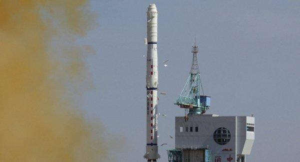 В Сеть попало видео неудачного запуска ракеты «Чанчжэн-5»
