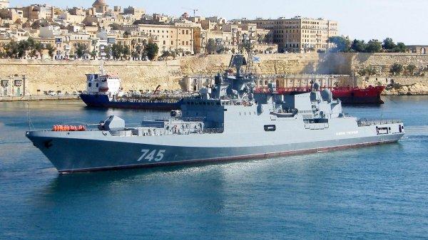 Фрегат Черноморского флота «Адмирал Григорович» прибыл с деловым визитом на Кипр