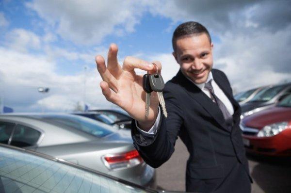 Родителям и начинающим водителям предлагаются скидки в 20% на новые автомобили