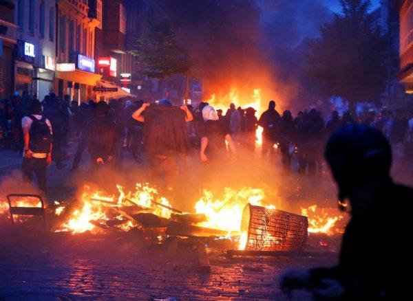 В Гамбурге задержали свыше 250 участников беспорядков