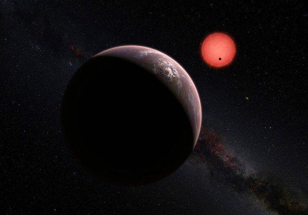 Ученые смогли объяснить насыщенность черного цвета новой экзопланеты: Гигантский шар погружает все вокруг во тьму