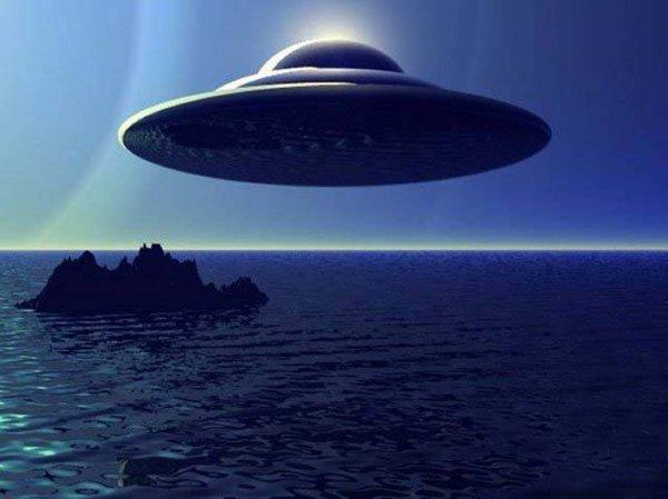 В будущем человечество создаст собственную Вселенную: Черные дыры, инопланетяне и теория вероятности