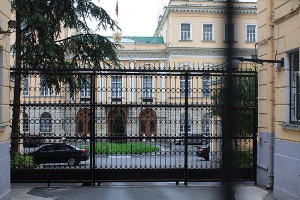 Российское посольство выясняет ситуацию с российской семьей, пропавшей в Турции
