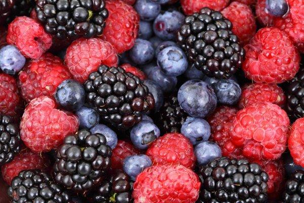 Ученые назвали пять полезных и вредных фруктов для фигуры