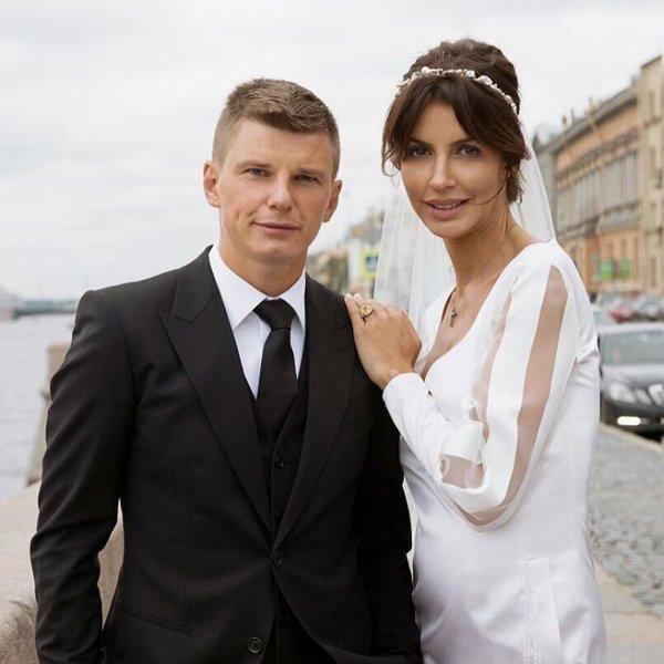 Супруга Аршавина рассказала об измене мужа