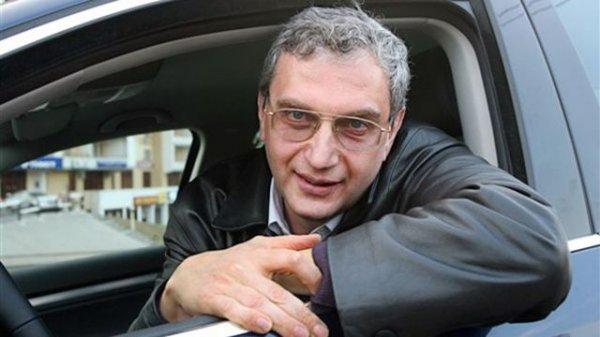 Похмелкин: Регистрация автомобилей в салонах выгодна всем, кроме ГИБДД