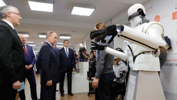 """Путину показали """"магазин верных решений"""" в Карелии"""