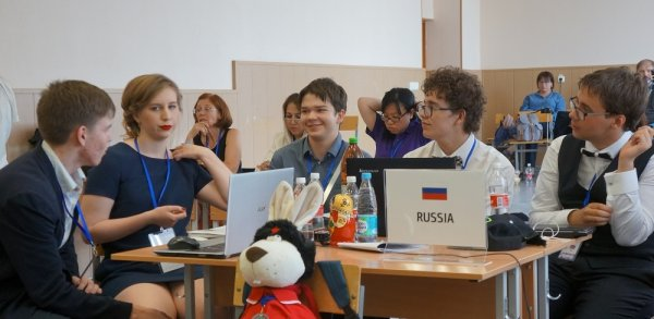 Российские юные изобретатели завоевали 5 медалей на выставке в Японии