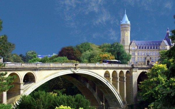 В Люксембурге вышел закон о добыче полезных ископаемых на астероидах