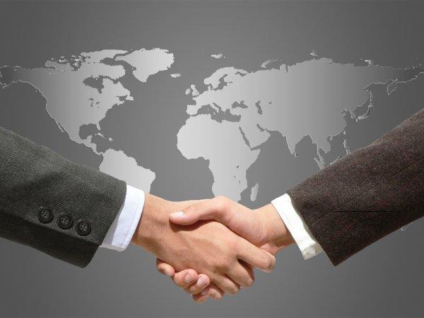 Песков: США сами решат, кого сократить в дипломатической миссии