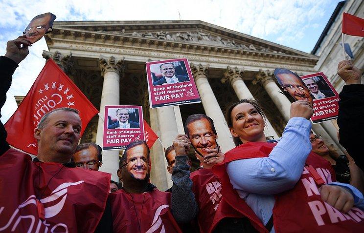Работники Банка Британии объявили очетырехдневной забастовке