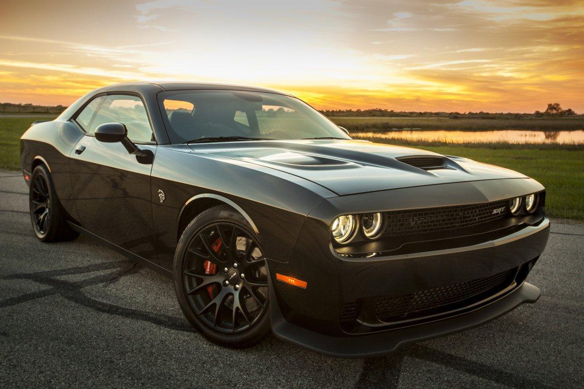 Новый Dodge Challenger Hellcat генерирует мощность в 1000 л.с