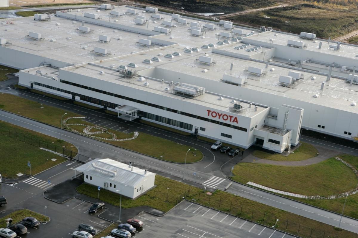 Петербургский завод Toyota уходит в коллективный отпуск на две недели