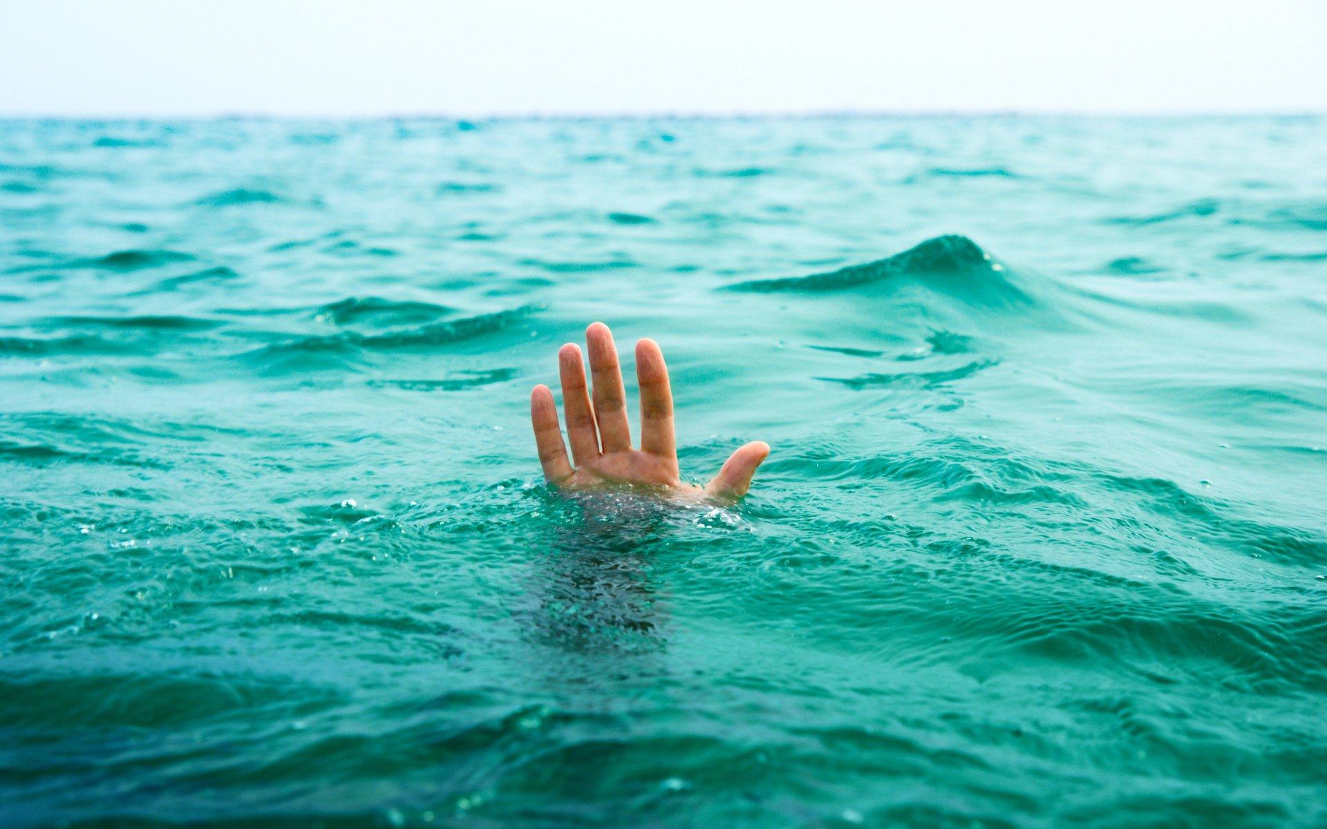 Впарке Победы потонул молодой парень властах
