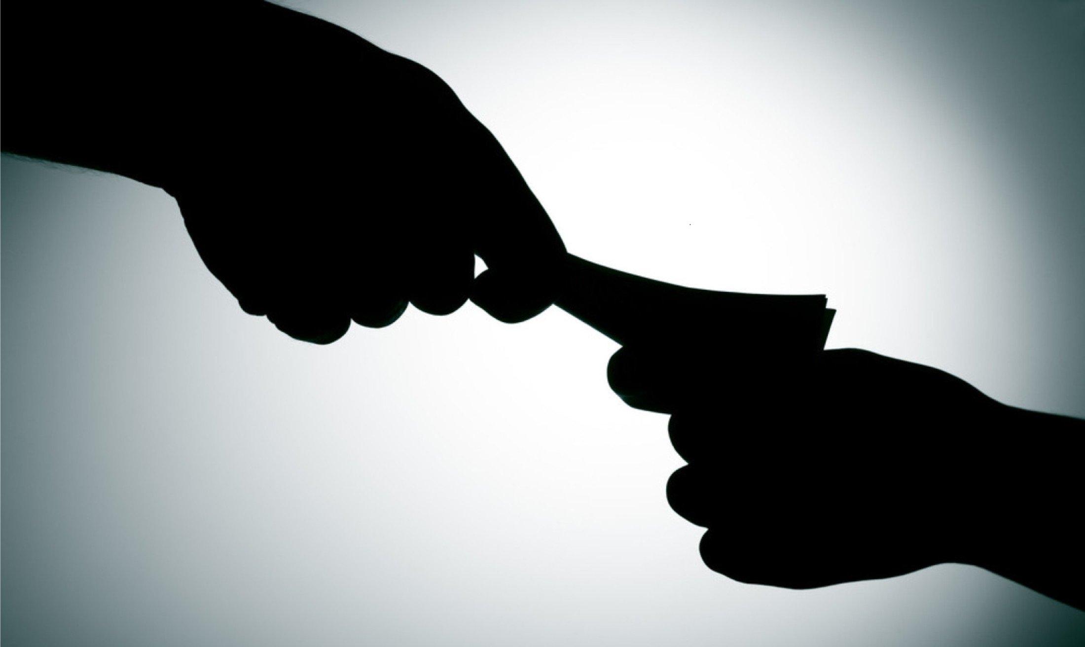 «Зарплаты вконвертах» составили четверть всех доходов граждан России